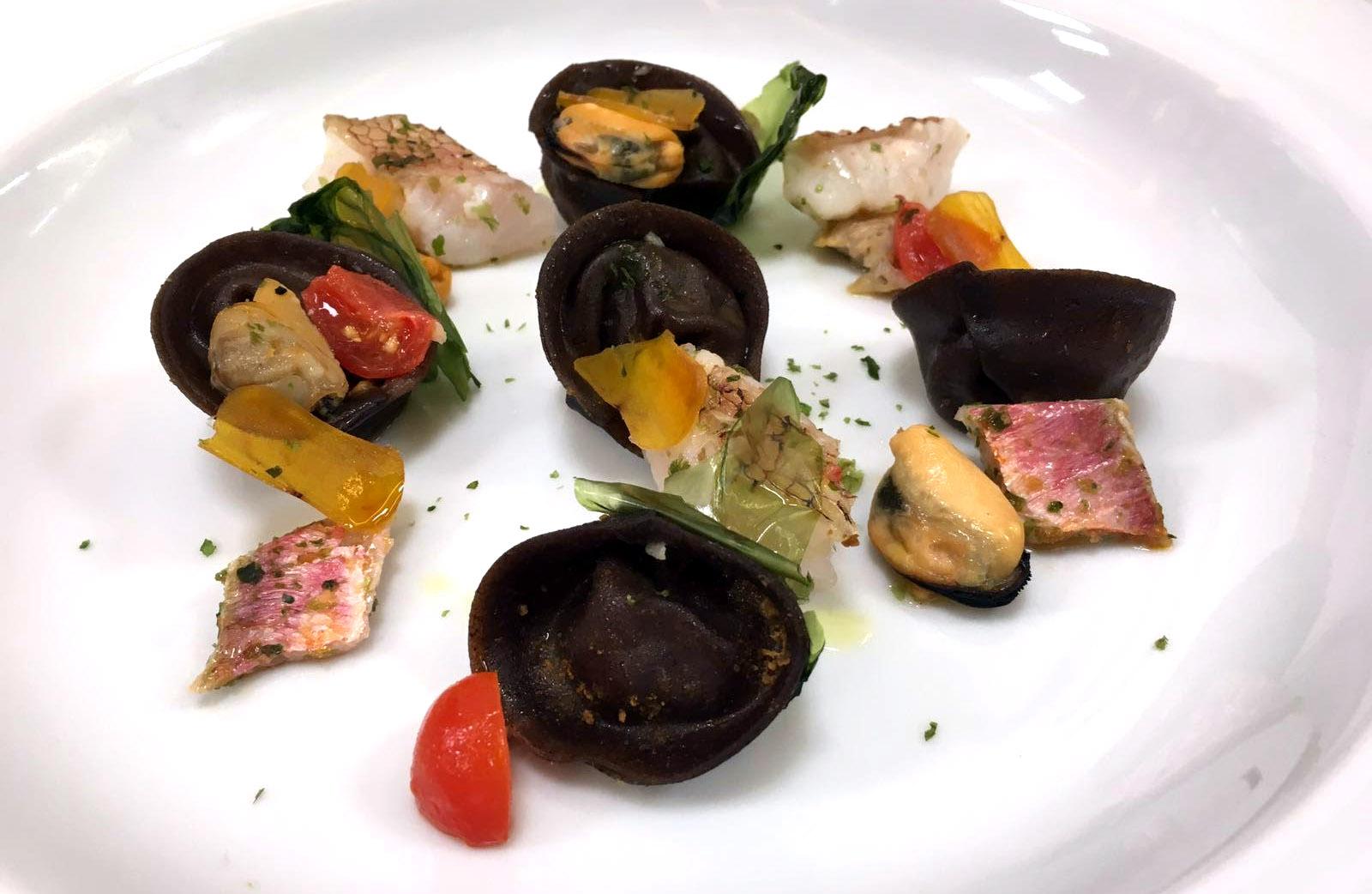 Tortelli di Grano Arso alla Zuppa di Pesce di Fondale e Bottarga di Muggine e Ostrica Ghiacciata